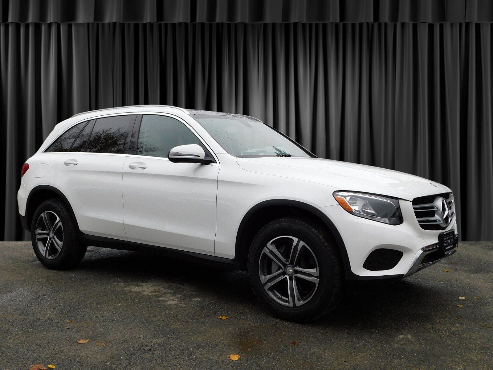 Certified Pre-Owned 2017 Mercedes-Benz GLC 300 AWD 4MATIC®